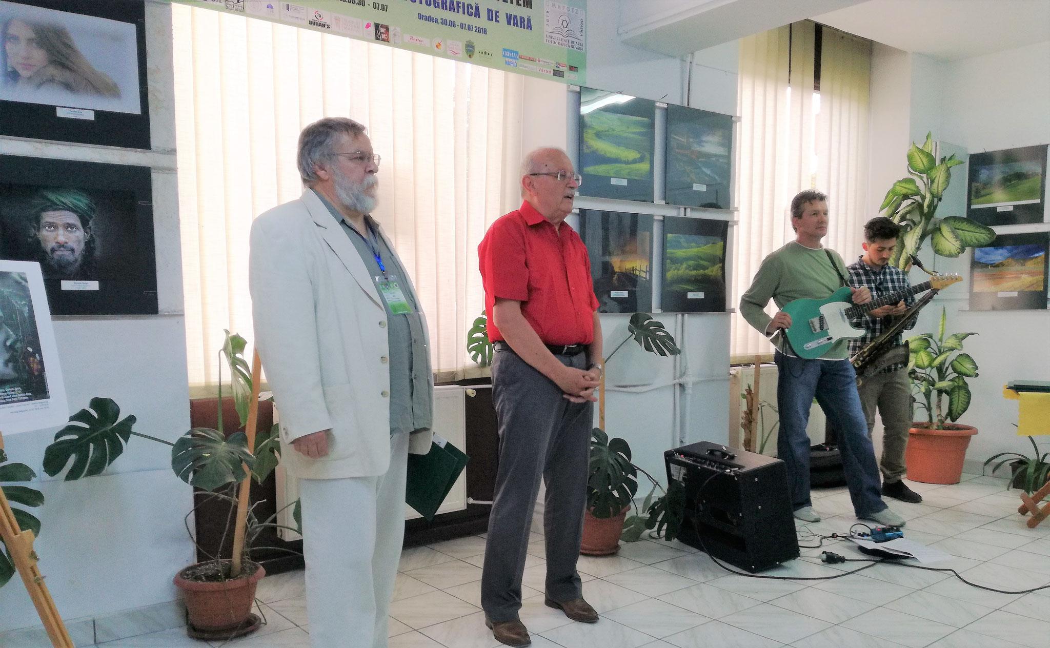 Expoziția participanților