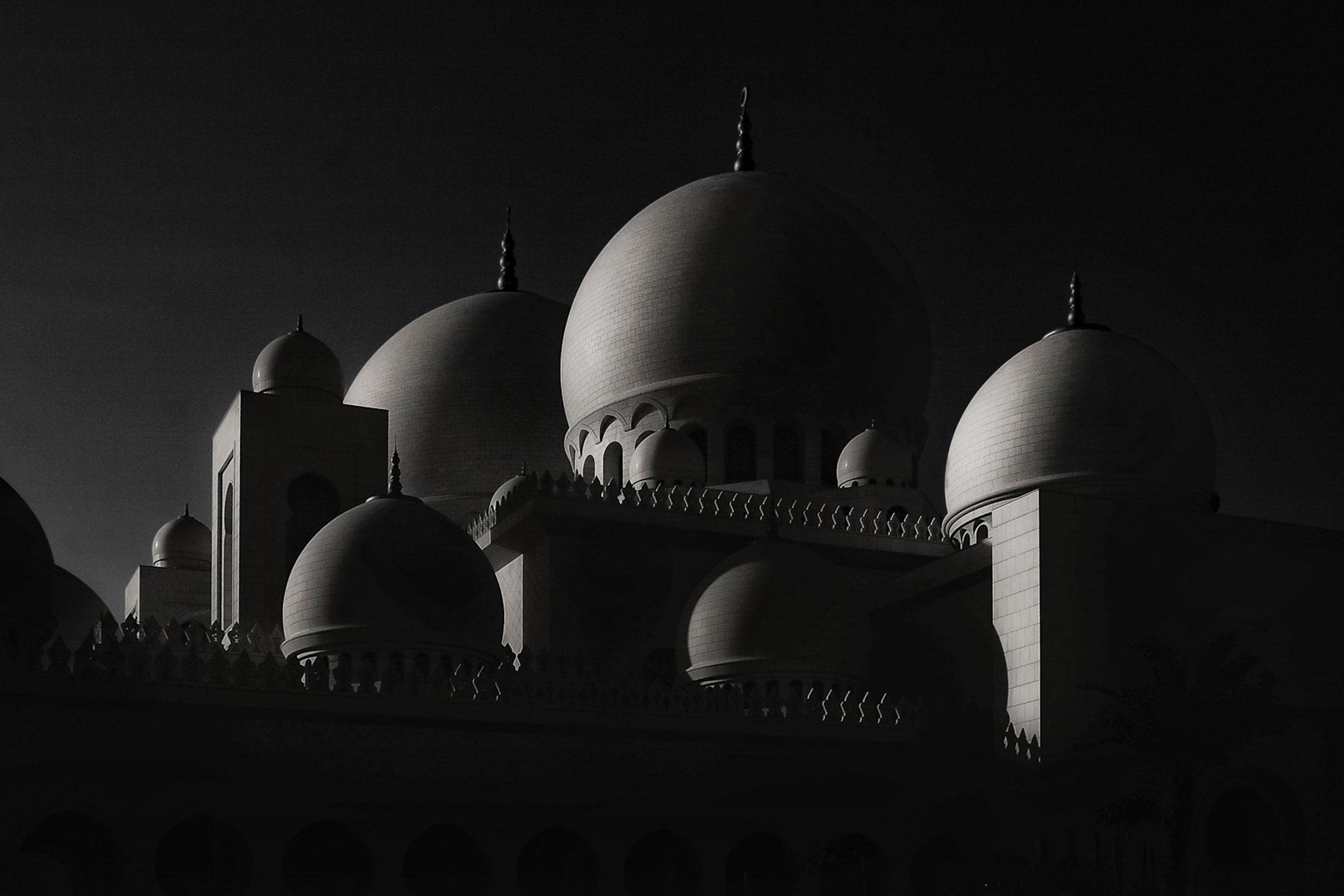Firas Abussaud EFIAP  (Saudi Arabia) - Low Key