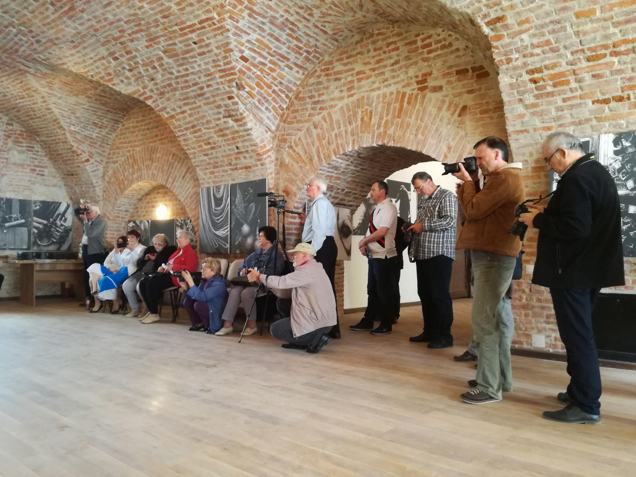 Vernisajul expoziției personale Rusu T. Victor, Suceava (RO)