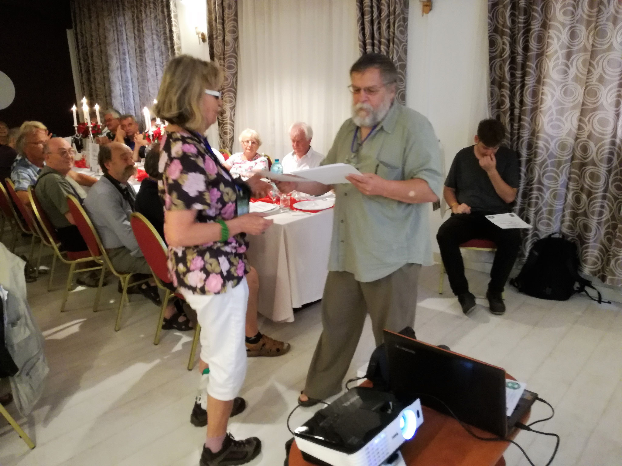 """Festivitatea de închidere la Restaurantul """"Nevis"""" Oradea"""