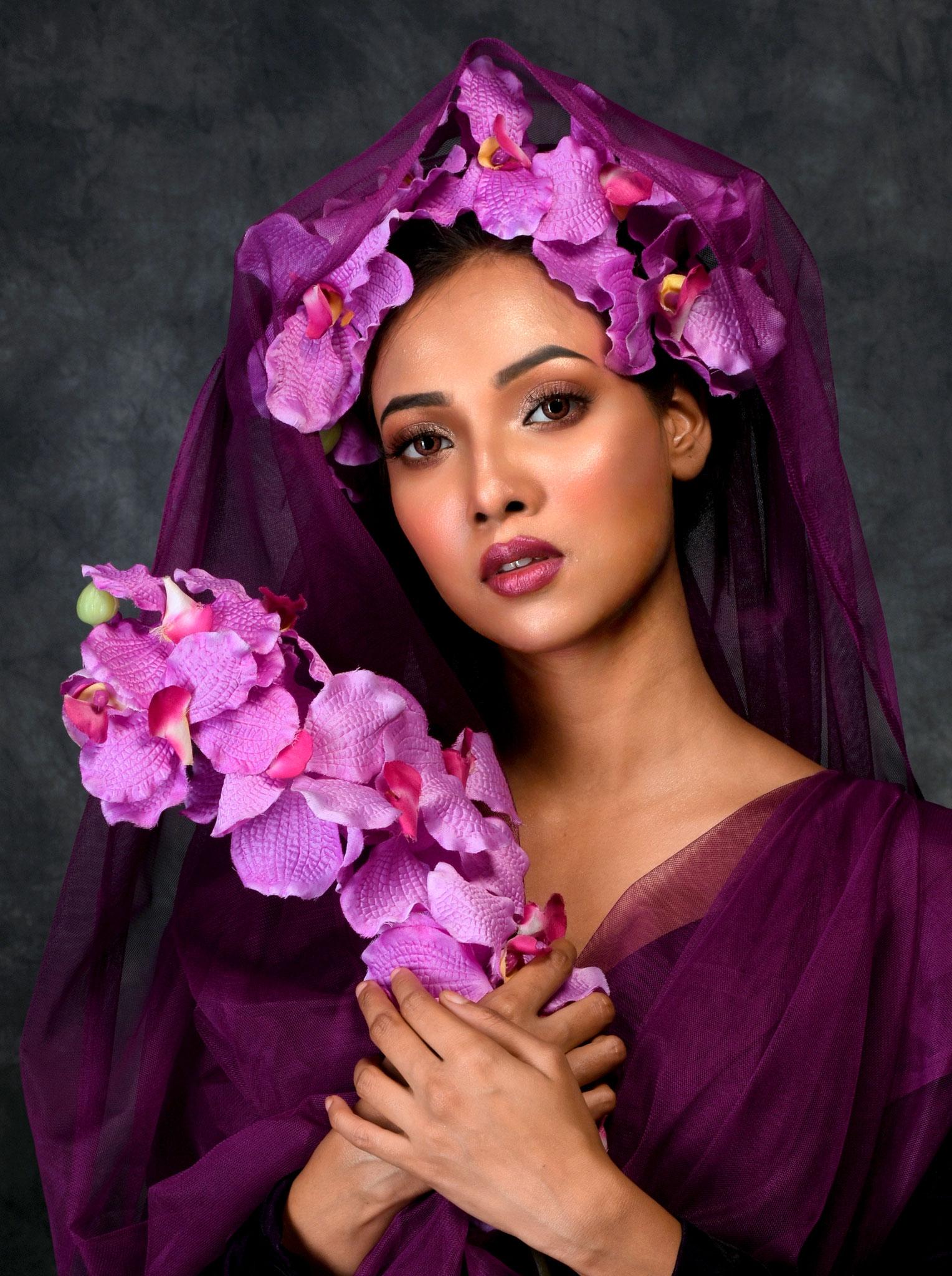 Mausumi Das (India) - The Violet Girl