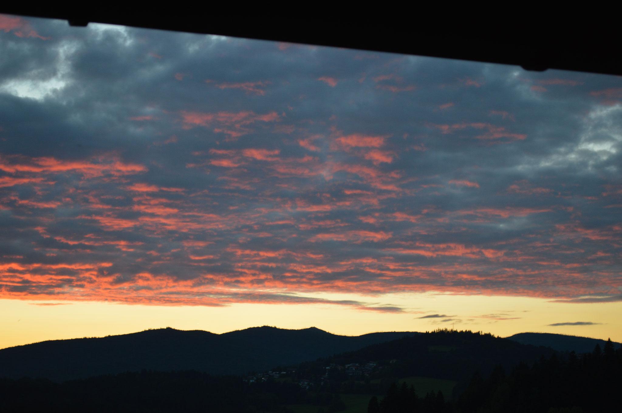 Inspirierende Sonnenuntergänge  von unserer Ferienwohnung aus (Aufnahme 13.08.2017
