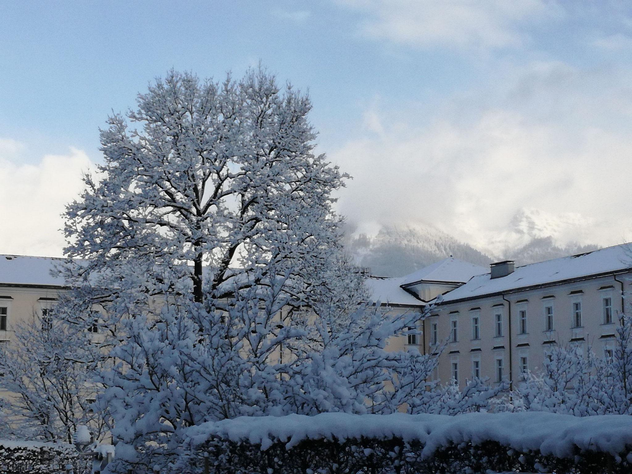 Wunderschöne Schneelandschaft rund um das Stift.