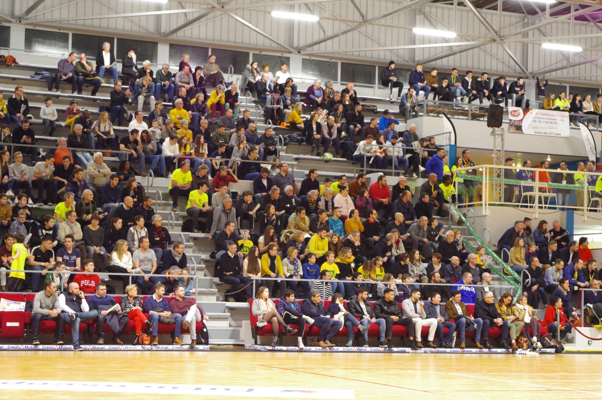 Tribunes du match Montpellier-Benidorm