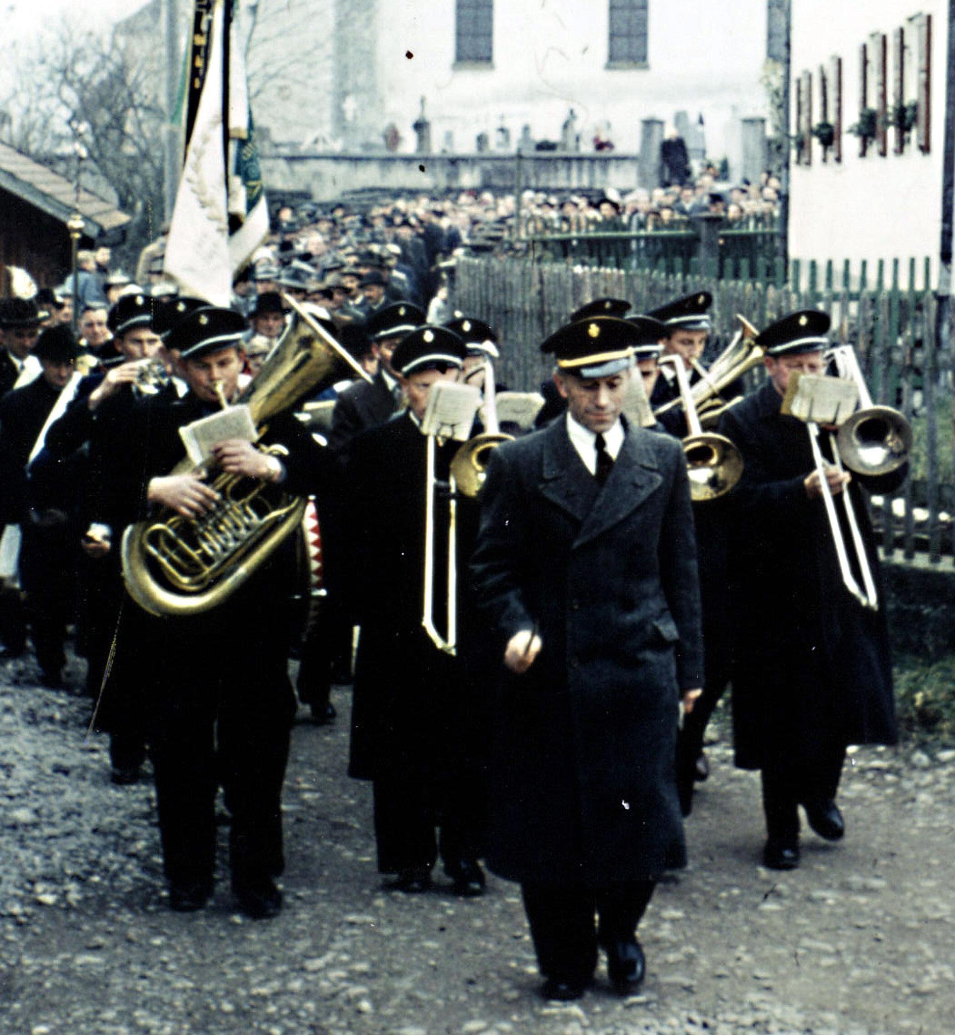 1958.11.27 - Weihe d. neuen Schule i. Epf.-1