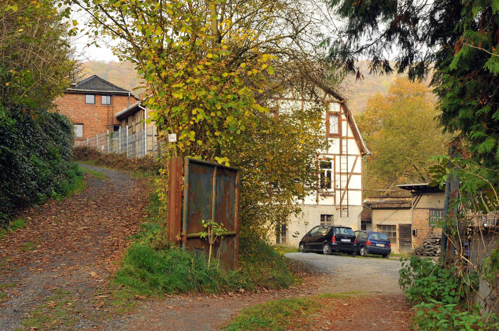 Zufahrt zur Lederfabrik Rühl