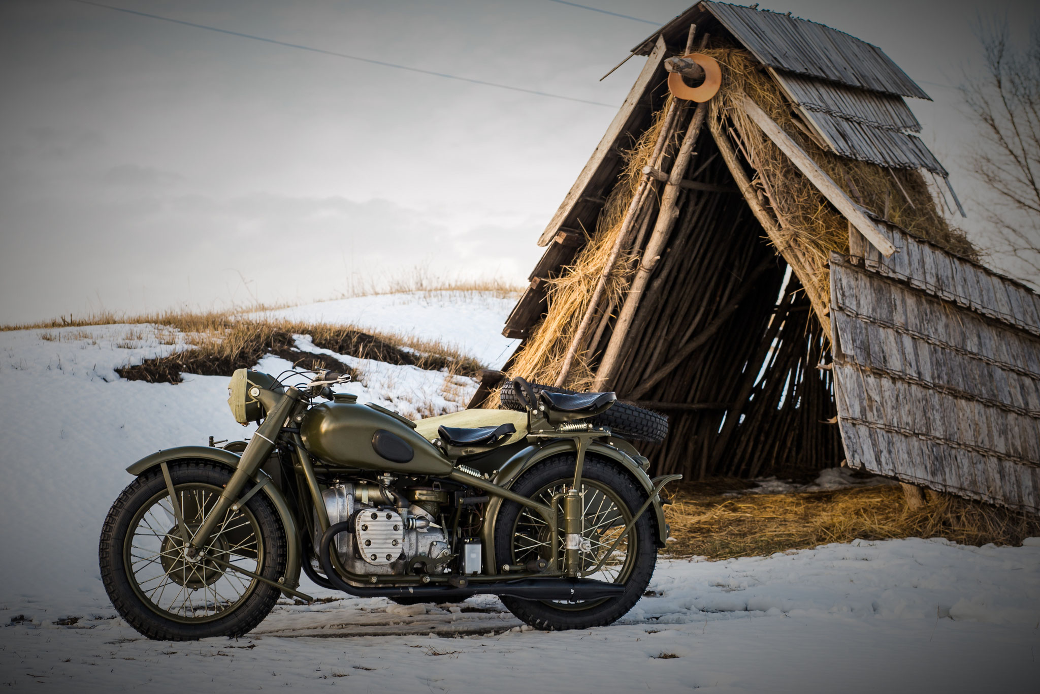 Army in the City (Ural M-72 - 1950) - from 7.500,00 euro