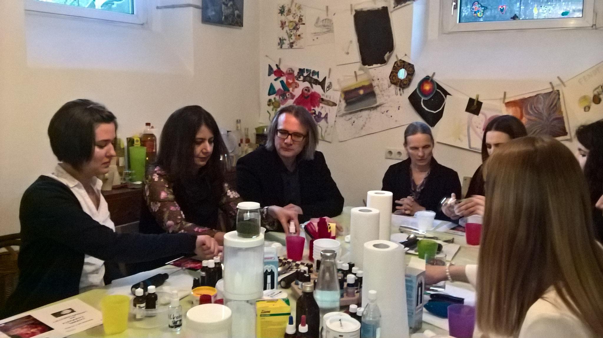 Zahnpasta-Workshop mit dem Team von DDr. Scheiderbauer