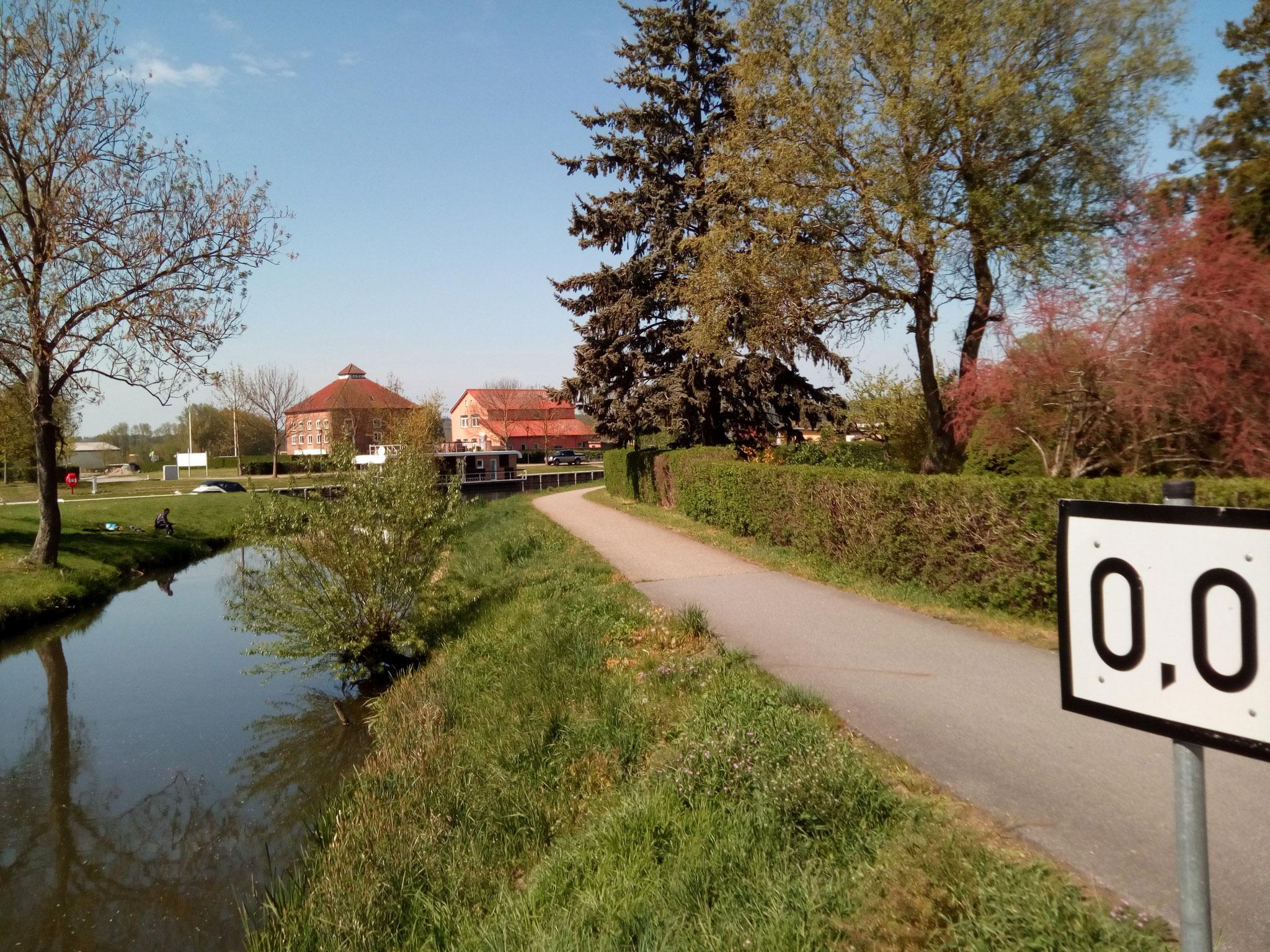 Nullpunkt der Wasserstraße Peene