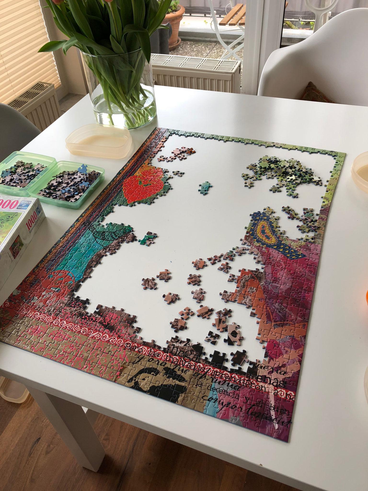 Puzzlen als Konzentrationsübung.