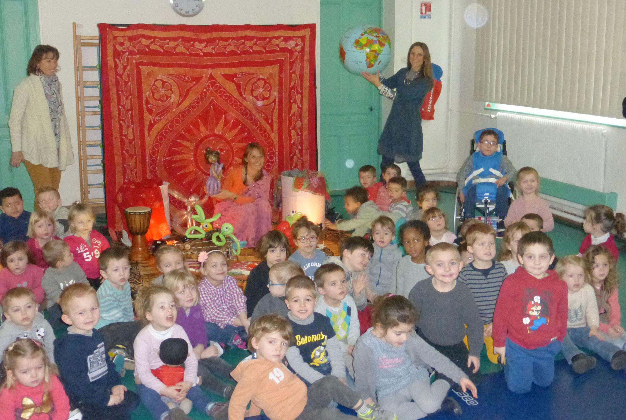 conte du monde, école, fraternité, vivre ensemble, paix dans le monde, écoles, Hiya et la clé du bonheur