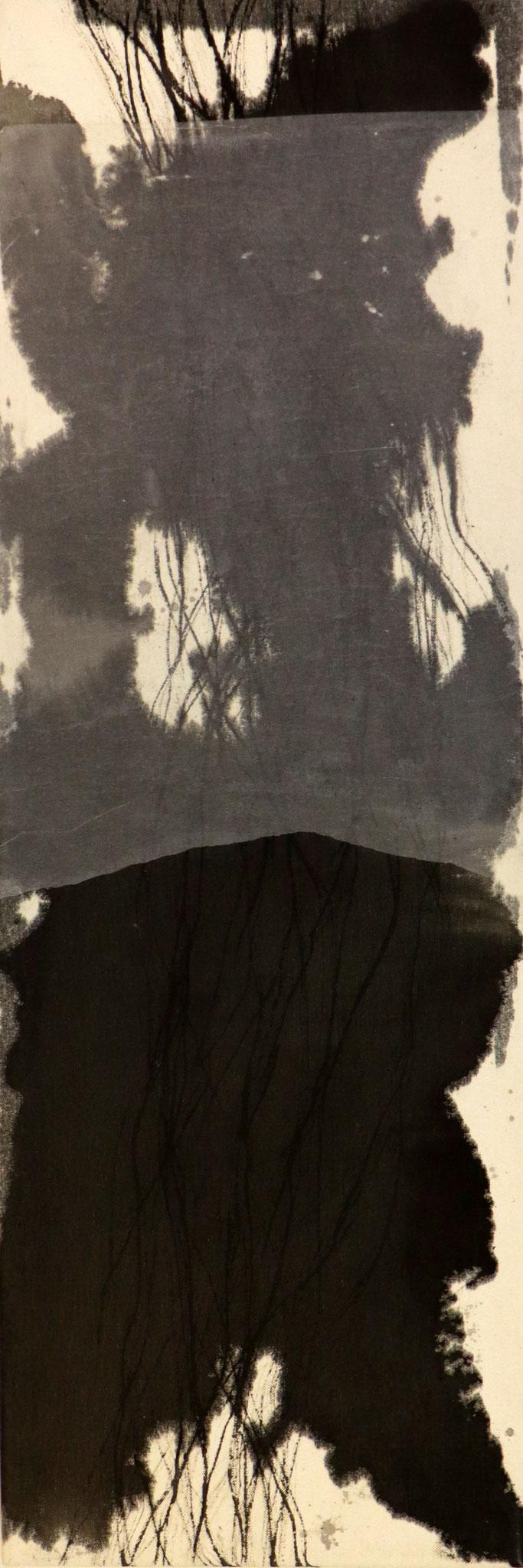 Serie 'Traces' 2020 -  Tusche & Seidenpapier auf Leinwand / ink & silk paper on canvas - 30 x 90 x 2 cm