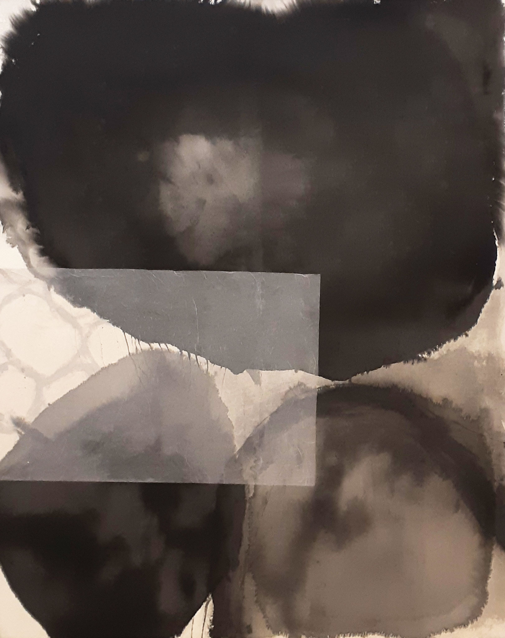 Serie 'Traces' 2020 - Tusche & Seidenpapier auf Leinwand / ink and silk paper on canvas - 110 x 150 cm