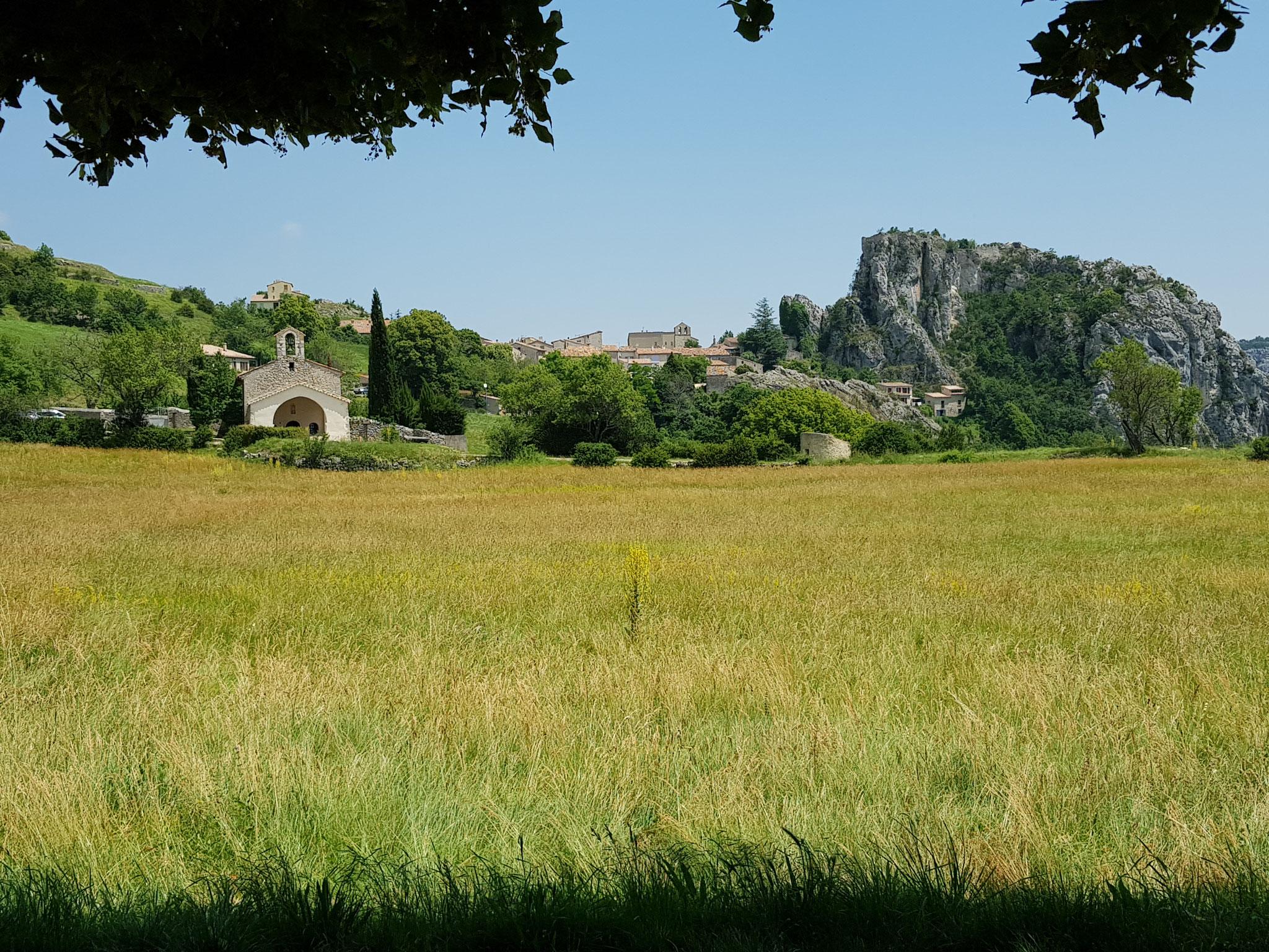 Chapelle Saint Christophe et village