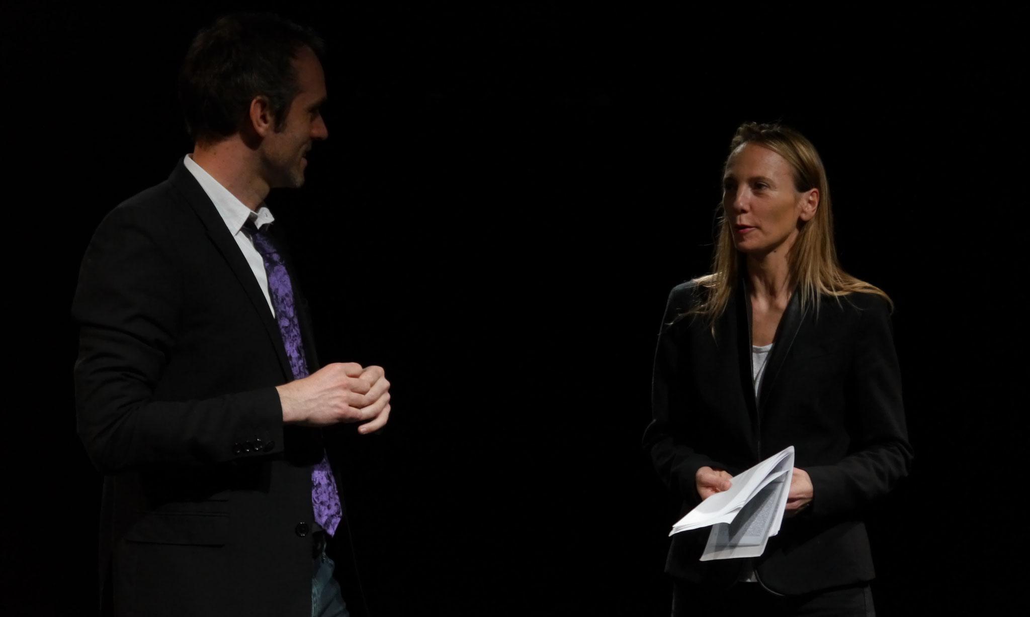 """""""Tête de lecture"""" avec Delphine COULIN © cie Tête chercheuse"""