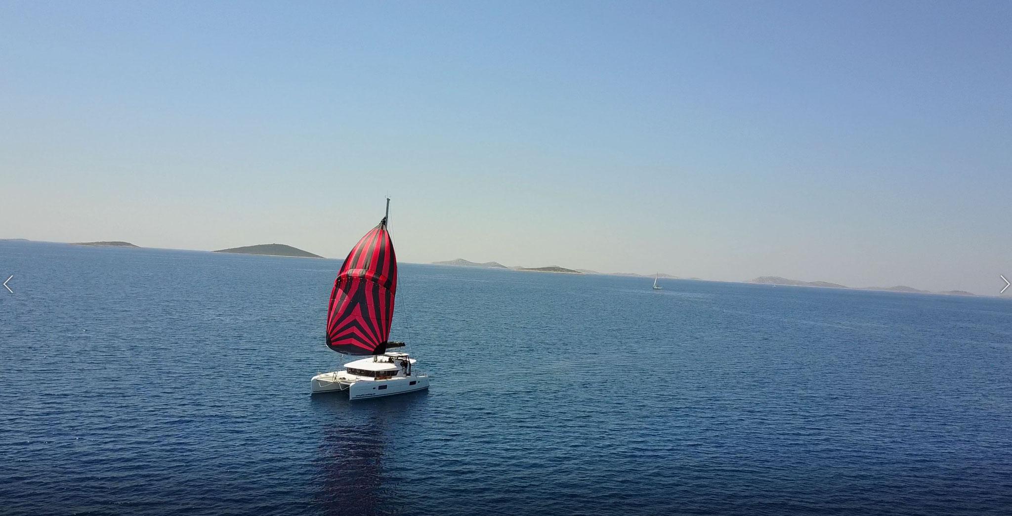 Karamaran fahren mit Lagoon 42 - Janny aus SCT Marina Trogir     -      www.katamarantraum.com