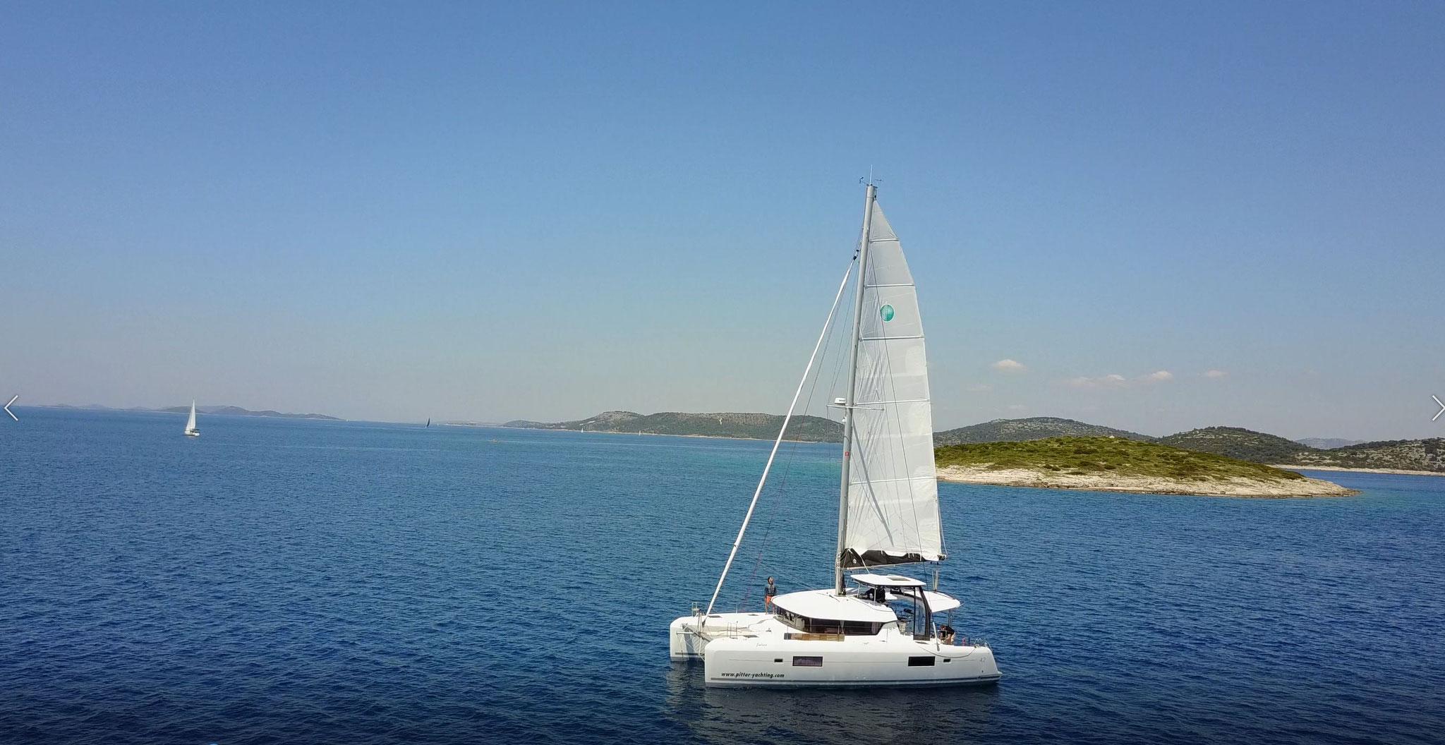 Katamaran segeln als Segelreise durch den Mittelmeer und über den Atlantik - www.katamarantraum.com