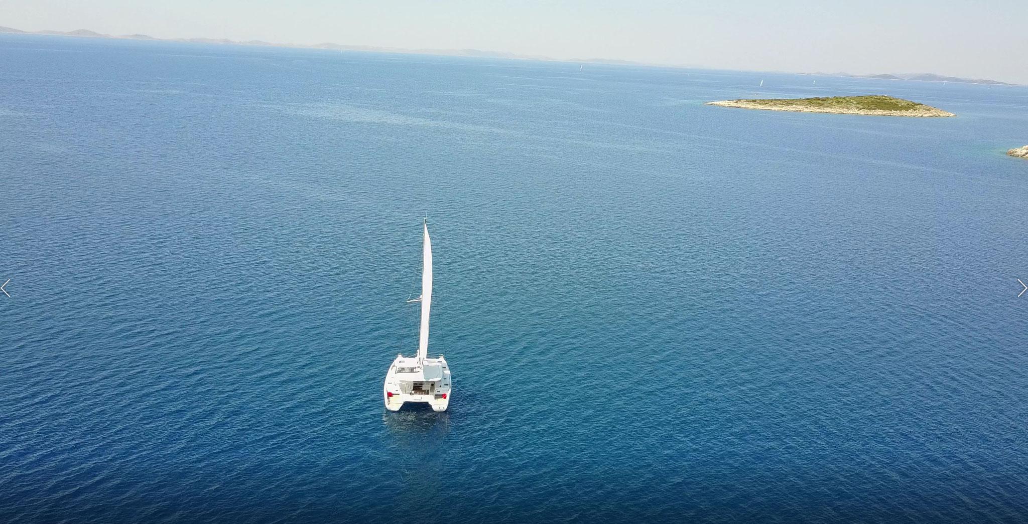 Katamaran segeln mit Lagoon 42 - Janny - www.katamaramtraum.com