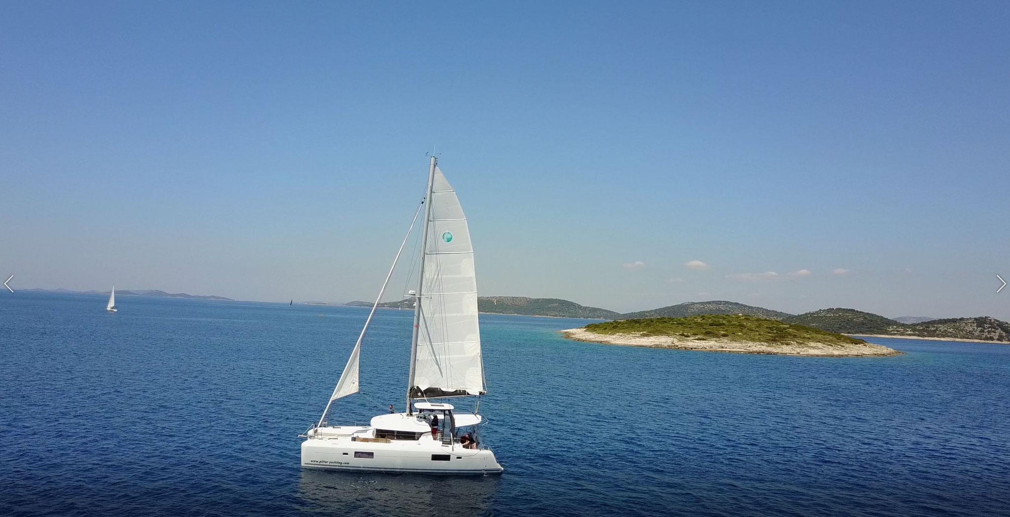 Katamaran segeln als Segelurlaub mit Skipper durch den Kanaren - www.katamaramtraum.com