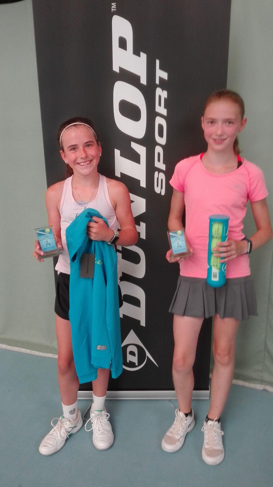 Mädchen U12: Siegerin Hanna Klingenberg, 2.Platz Annika Schult.