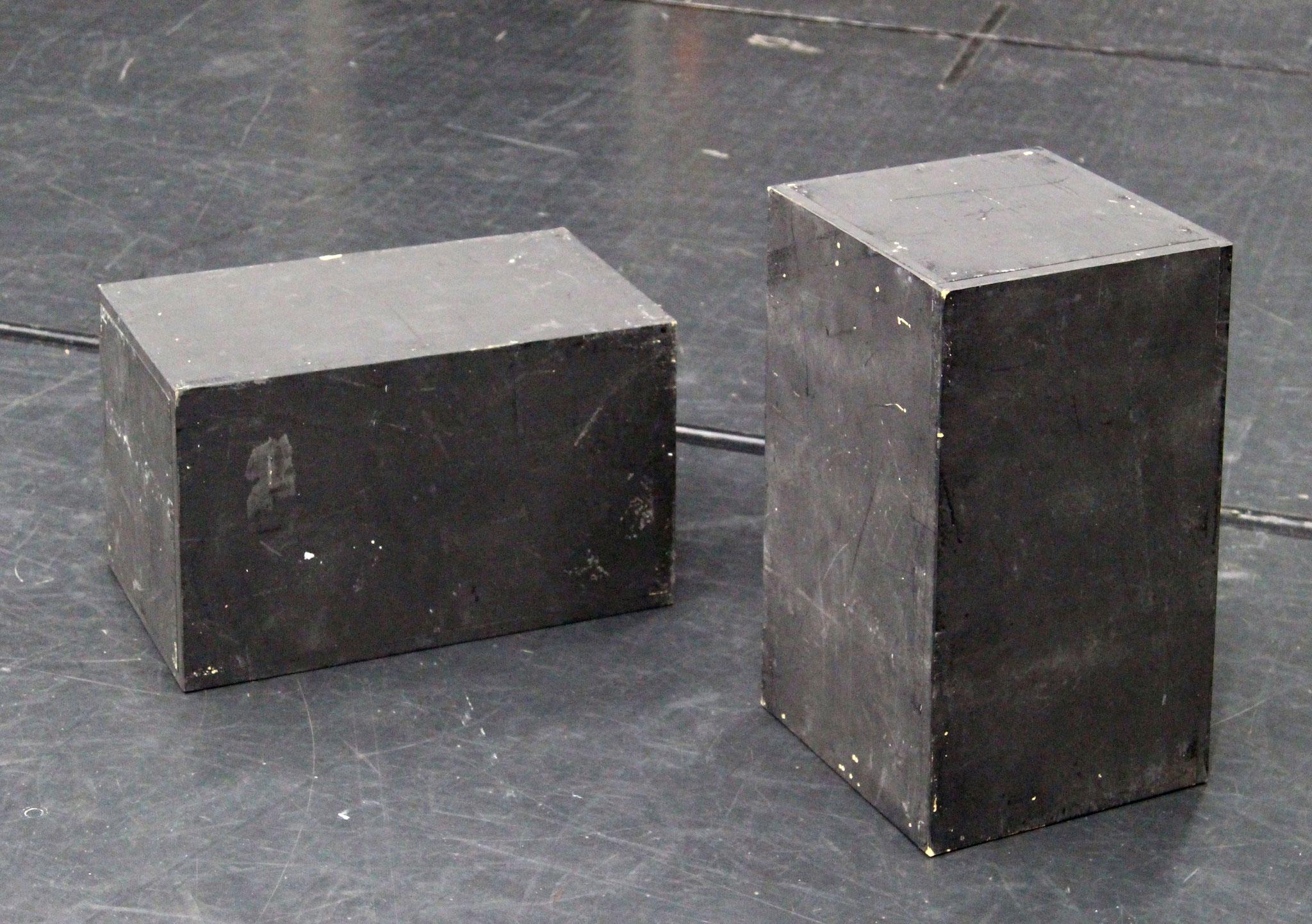 黒箱1尺×1尺×1.5尺 30個
