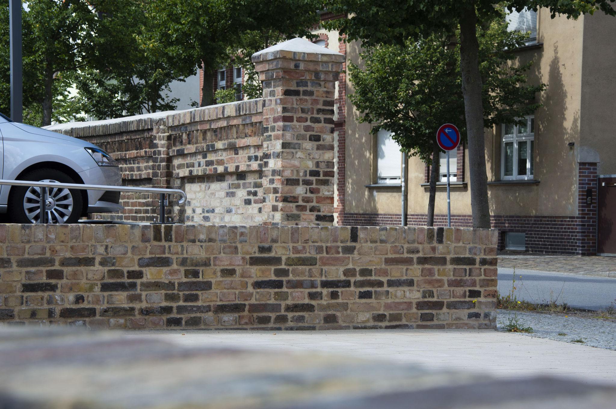Mauer Parkplatz Luckenwalde