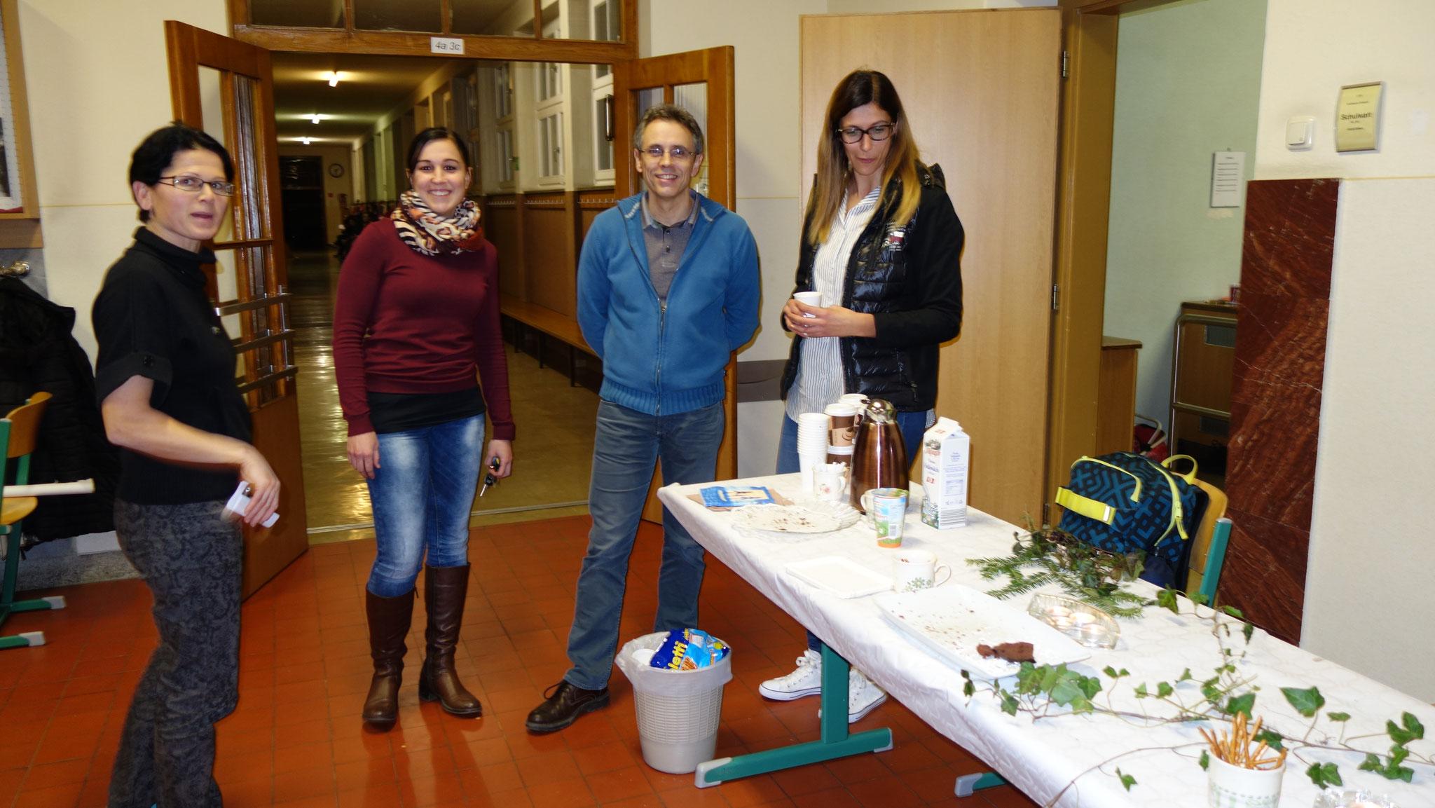 Kaffee und Kuchen vom Elternverein