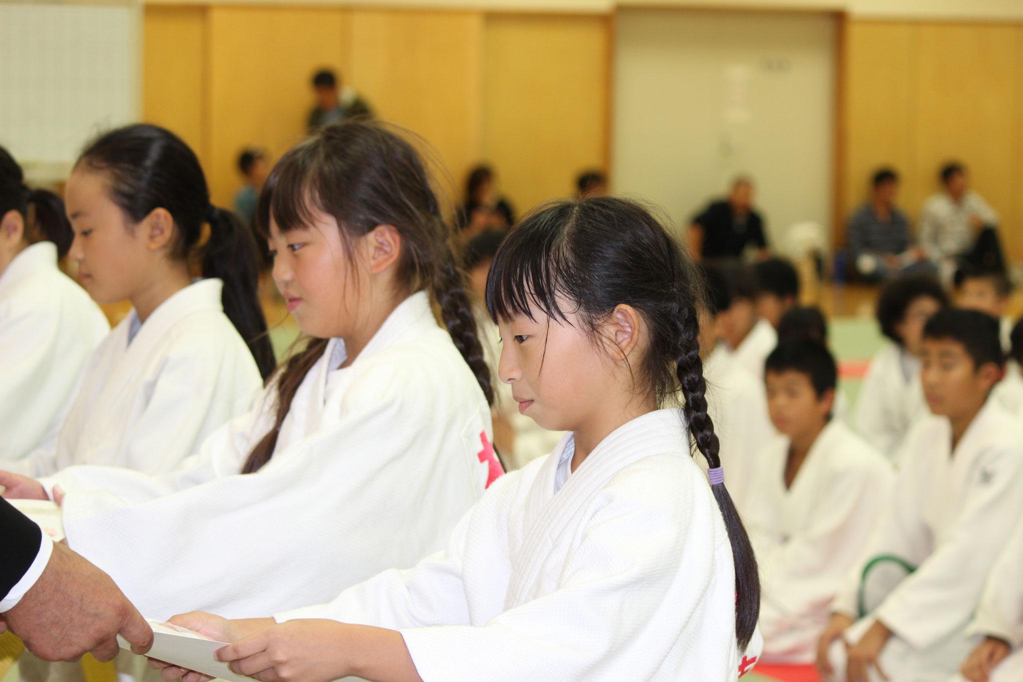 表彰式 4年女子の部