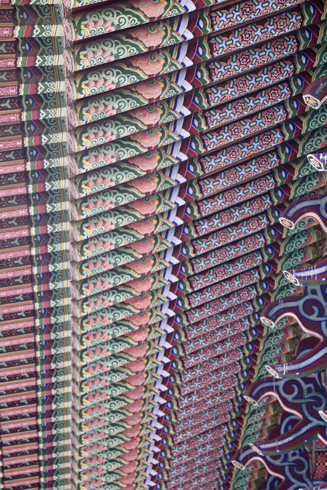Bemalte Dachunterseite