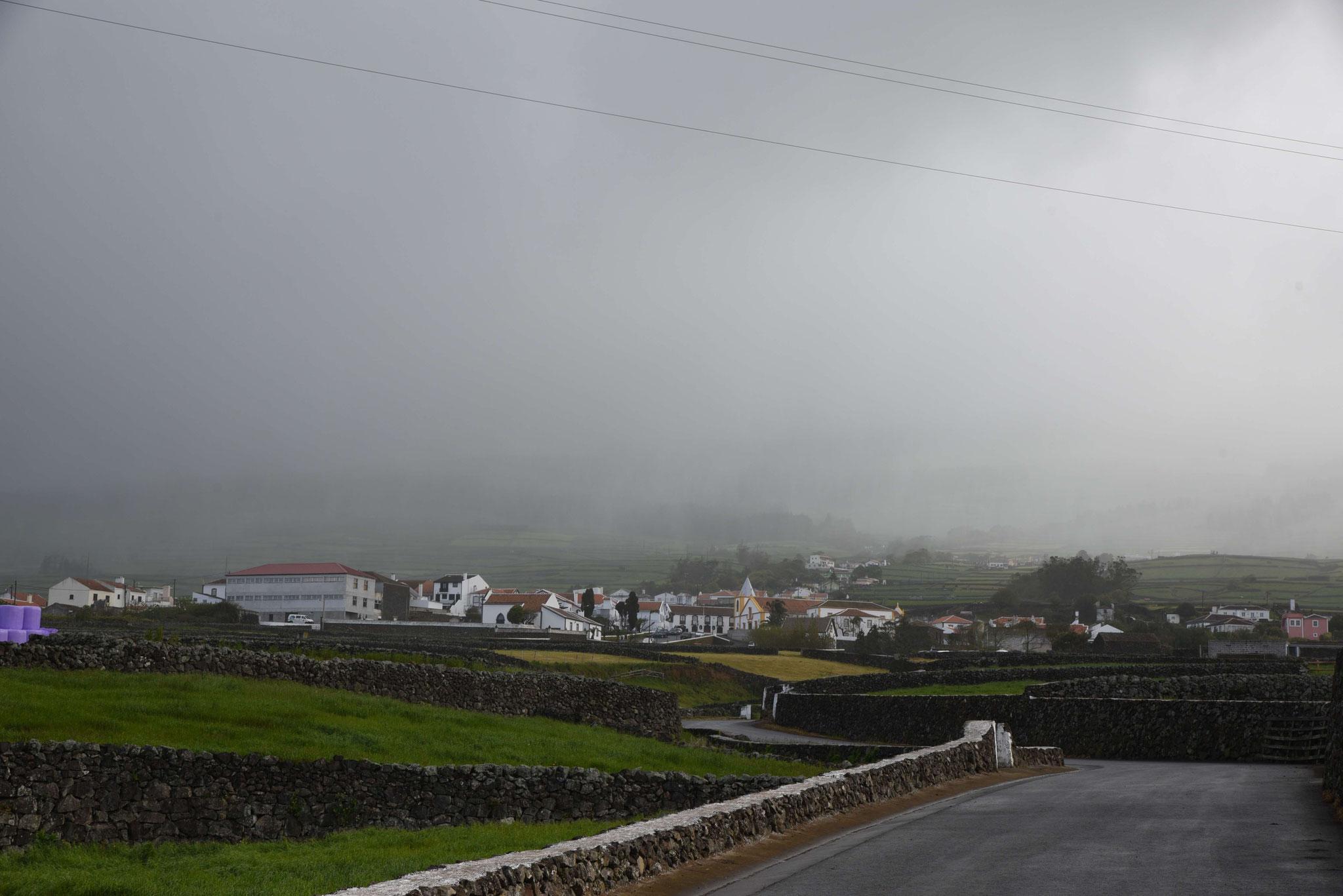 Wolkenverhangene Ausblicke kamen leider häufiger vor