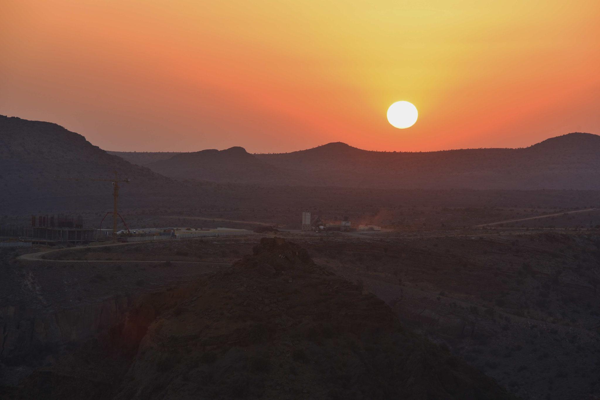 Sonnenuntergang über dem Saiq-Plateau