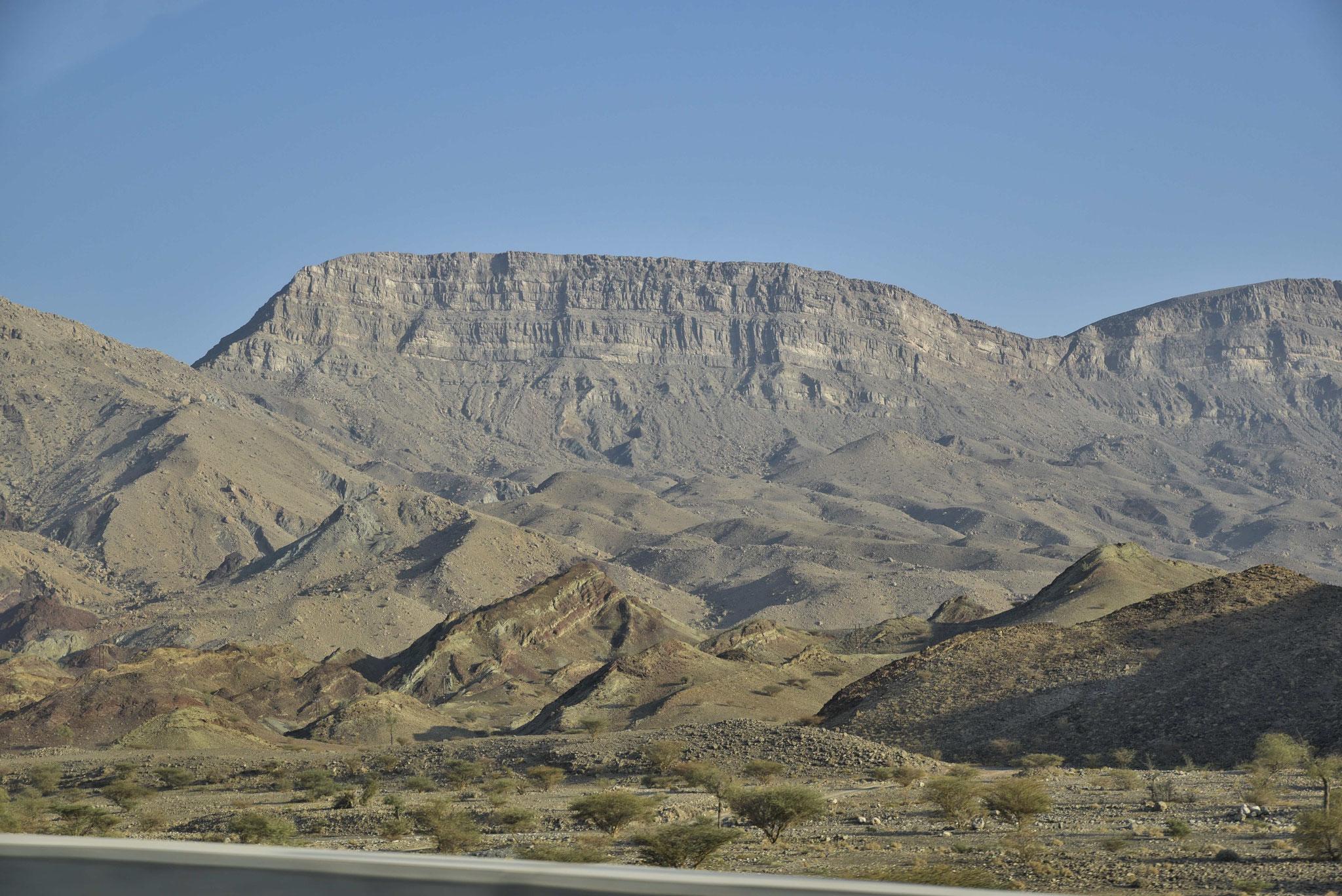 Hajar-Gebirge III