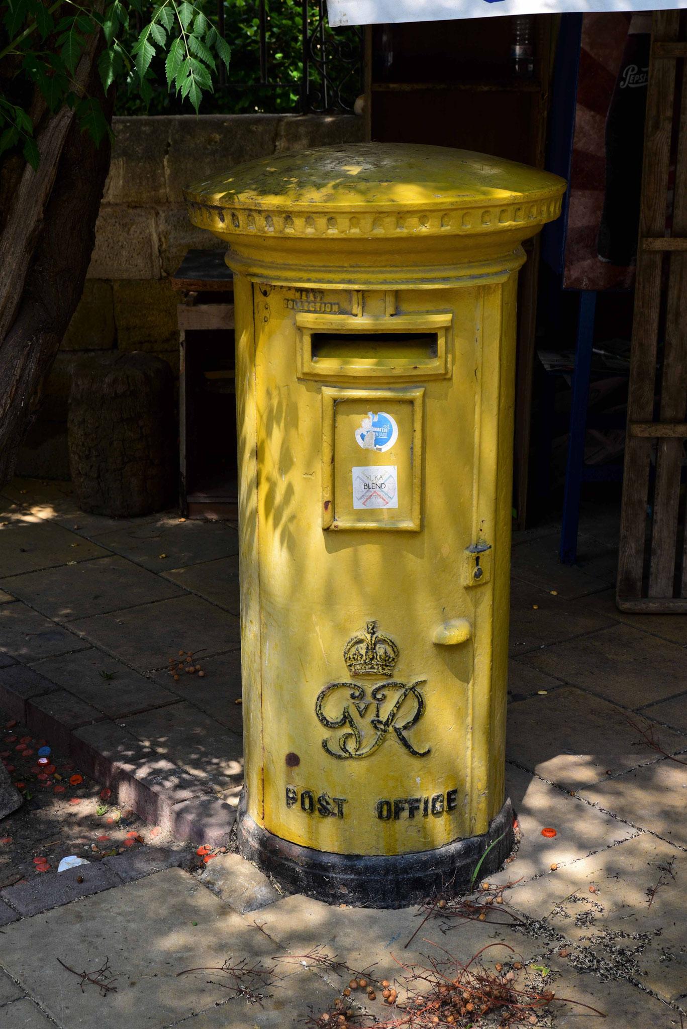 Briefkasten ähnlich den englischen