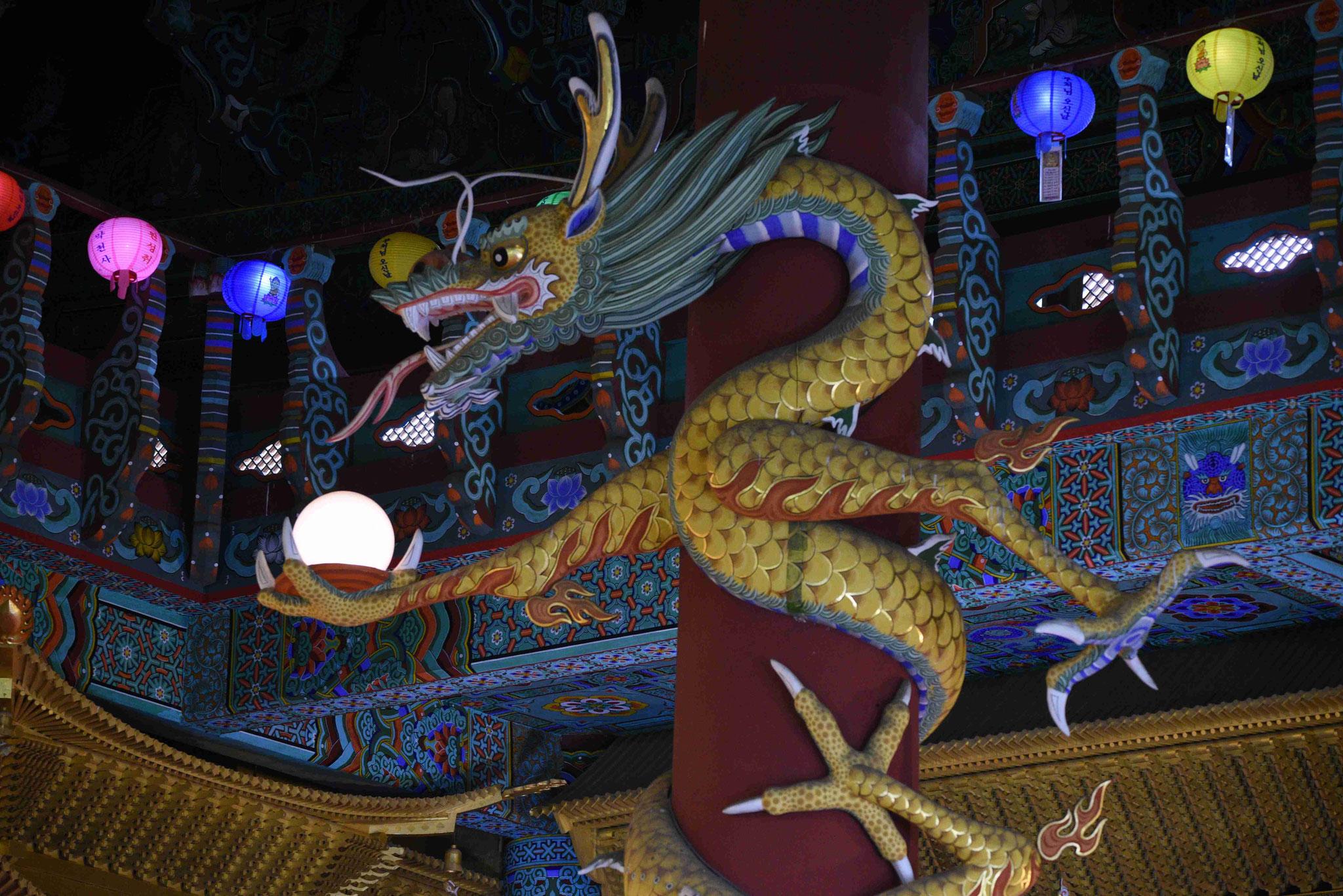 Drachen schützen vor dem Bösen