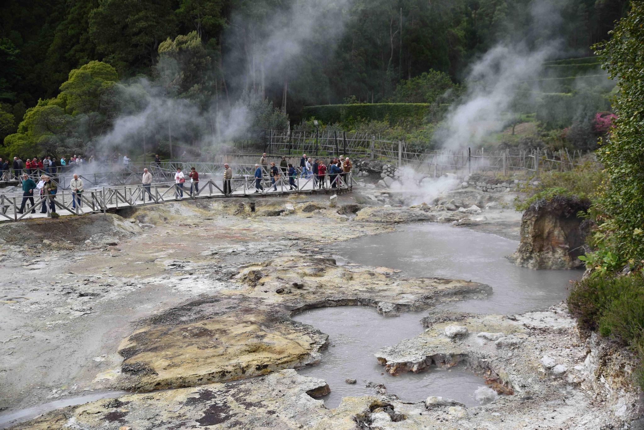 Caldeiras da Lagoa das Furnas - vorsicht Verbrennungsgefahr