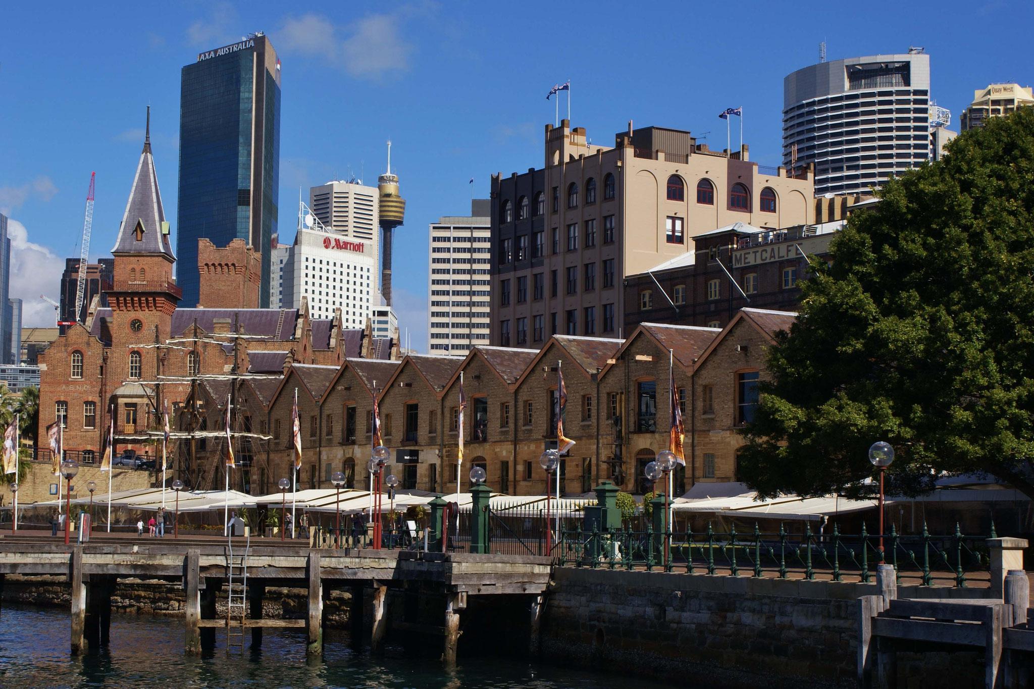 Die Piers sind luxuriös wieder hergerichtet - Ende des letzten Jahrhunderts teilweise sehr verrufene Gegend.