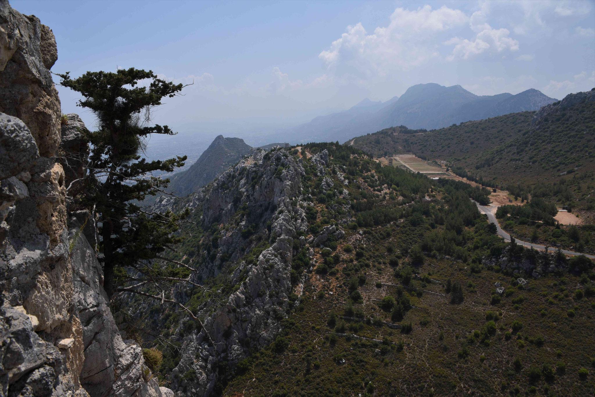 Blick auf die Berge im Osten - teilweise militärischer Sperrbereich