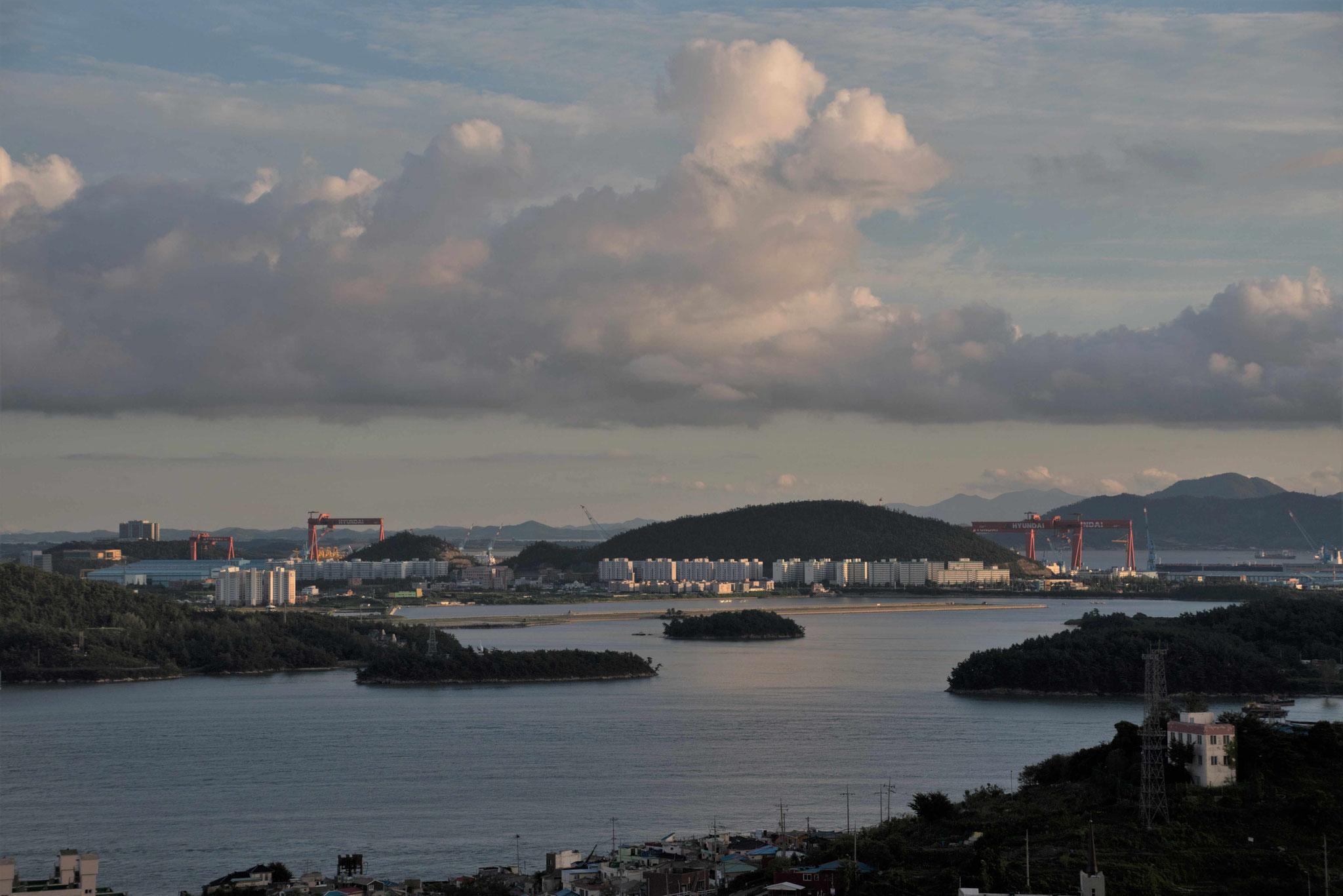 Blick auf einige der vielen Inseln bei Mokpo