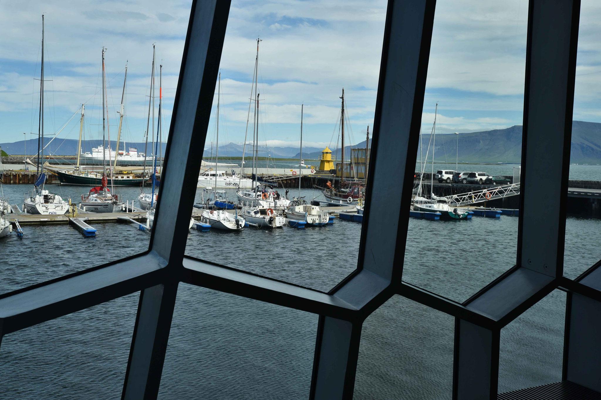 Blick von Innen auf den Hafen