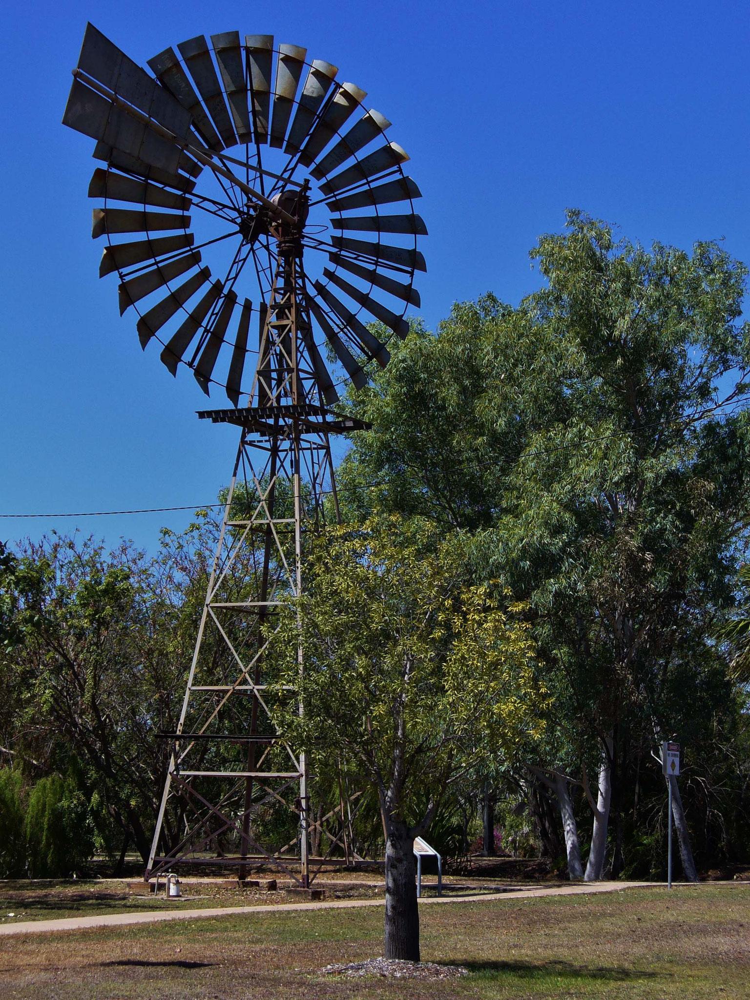 Windradpumpe um Wasser hochzupumpen