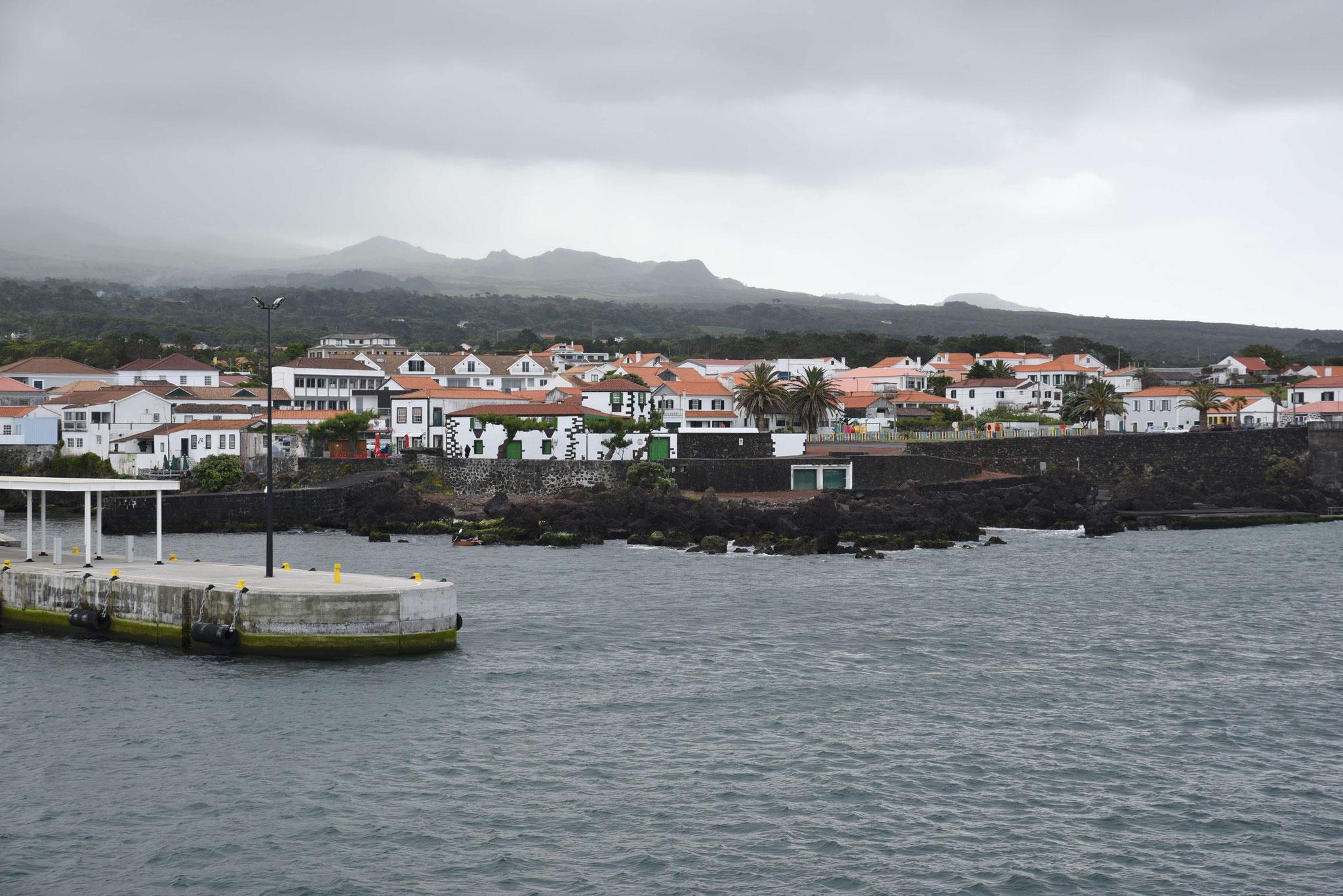 Hafeneinfahrt von Madalena
