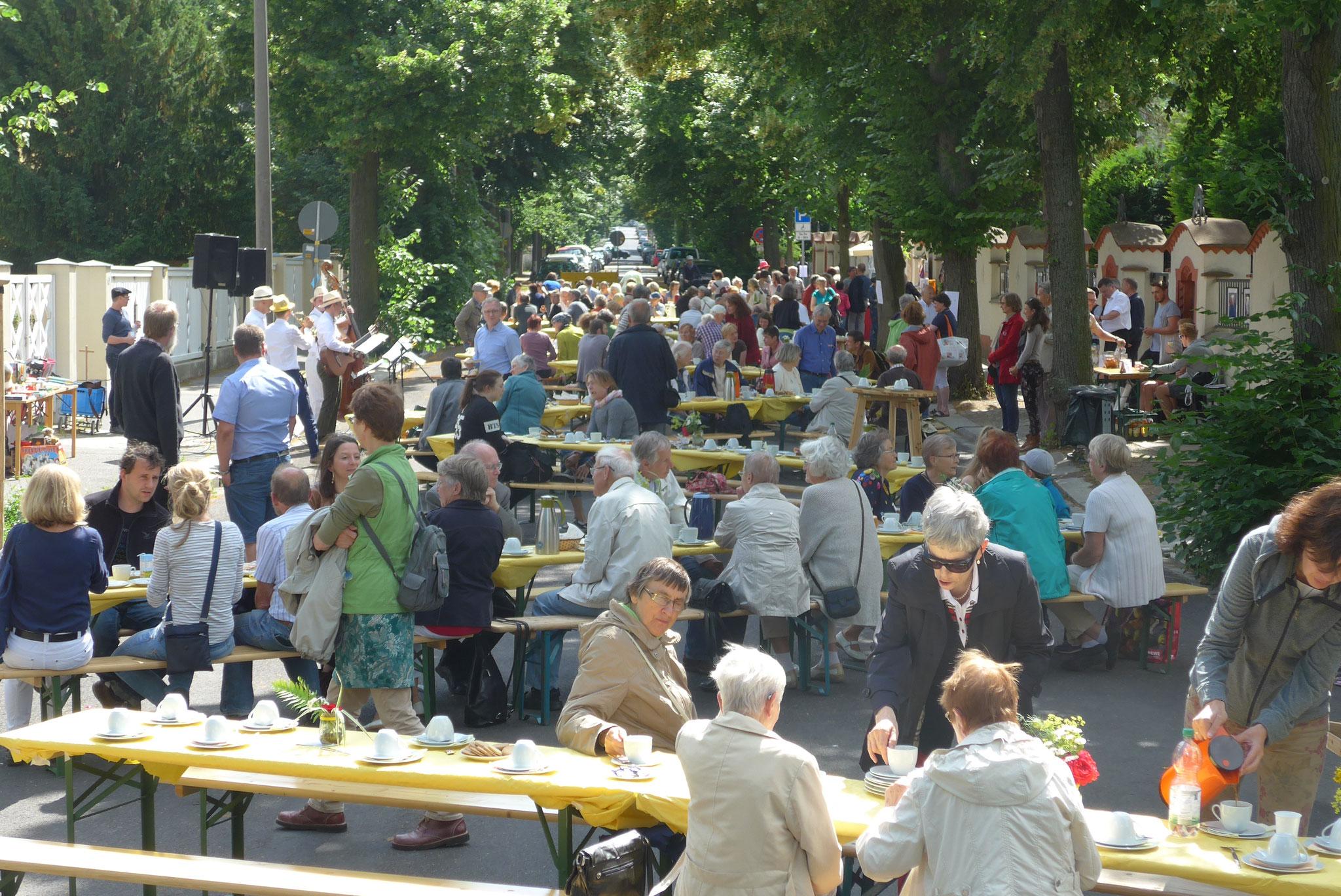 Ökumenisches Straßenfest