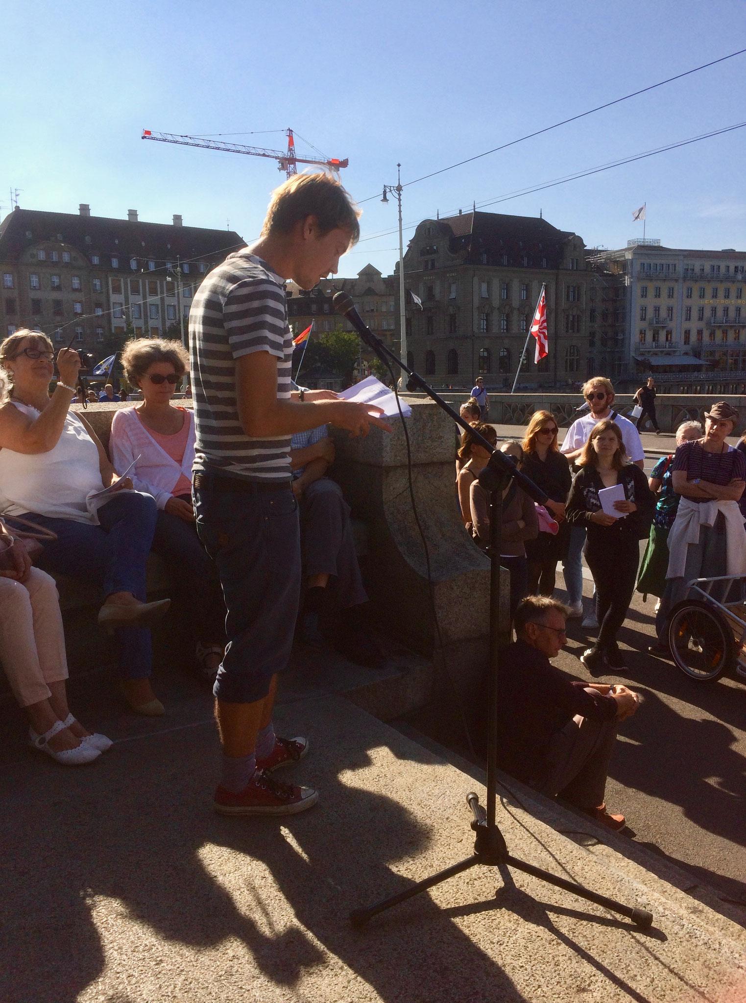 Lesung Yannick van den Berg (Käppeli-Joch, Mittlere Brücke)