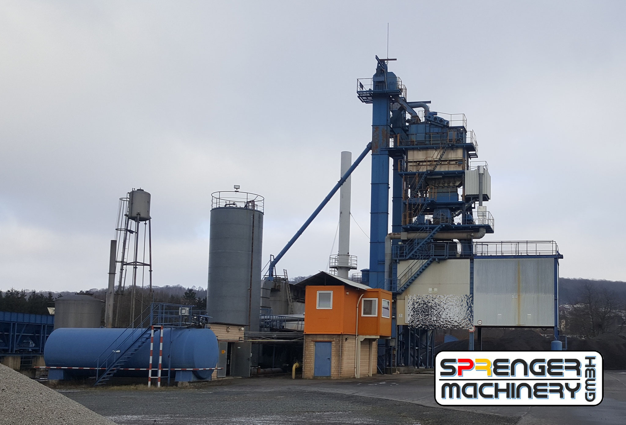 successful sale and project organization of an asphalt mixing plant from Germany to Pakistan