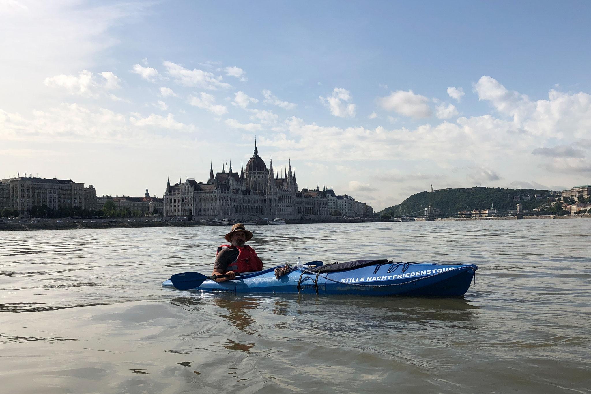 Auf der Donau in Budapest