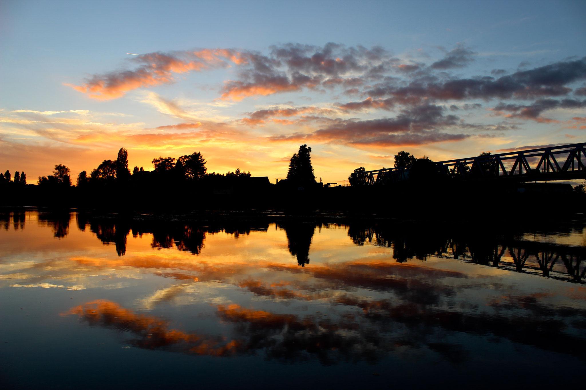 Sonnenuntergang am Allier