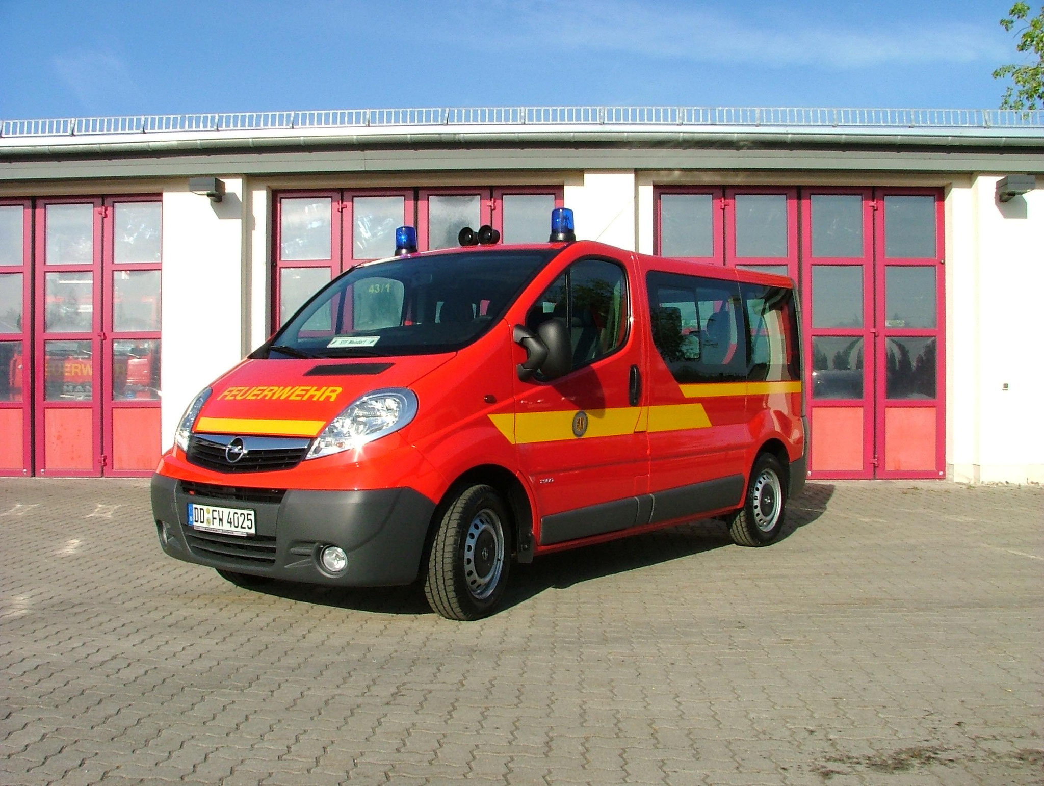 MTF     (Mannschaftstransportfahrzeug)