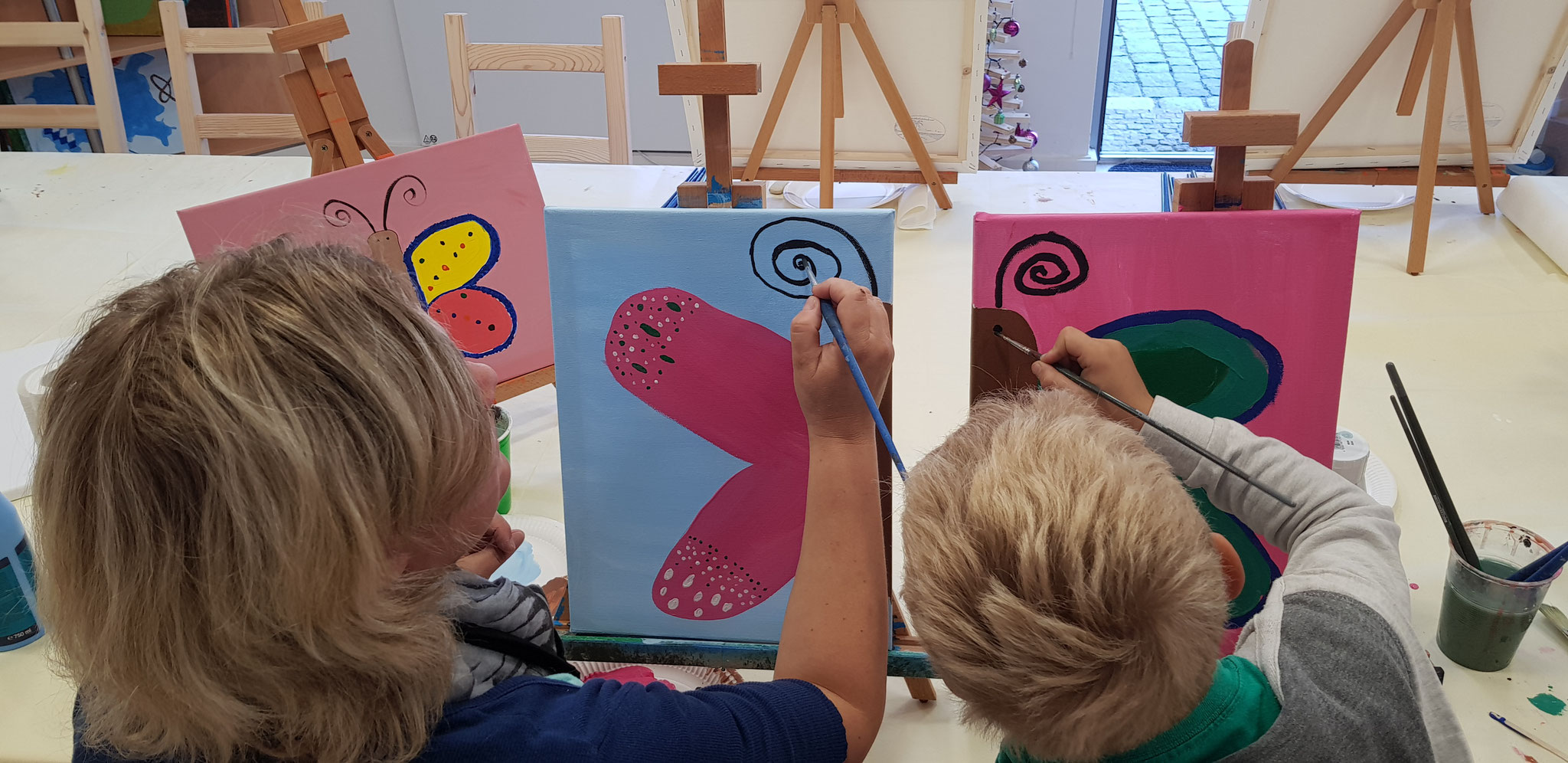 Eltern-Kind-Malen am Samstag Vormittag