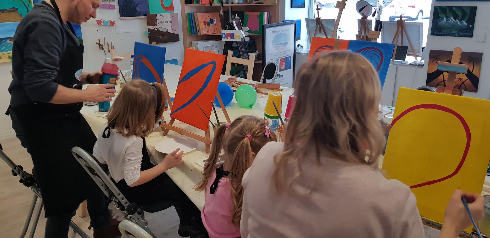 Eltern-Kind-Malen mit den Kleinsten