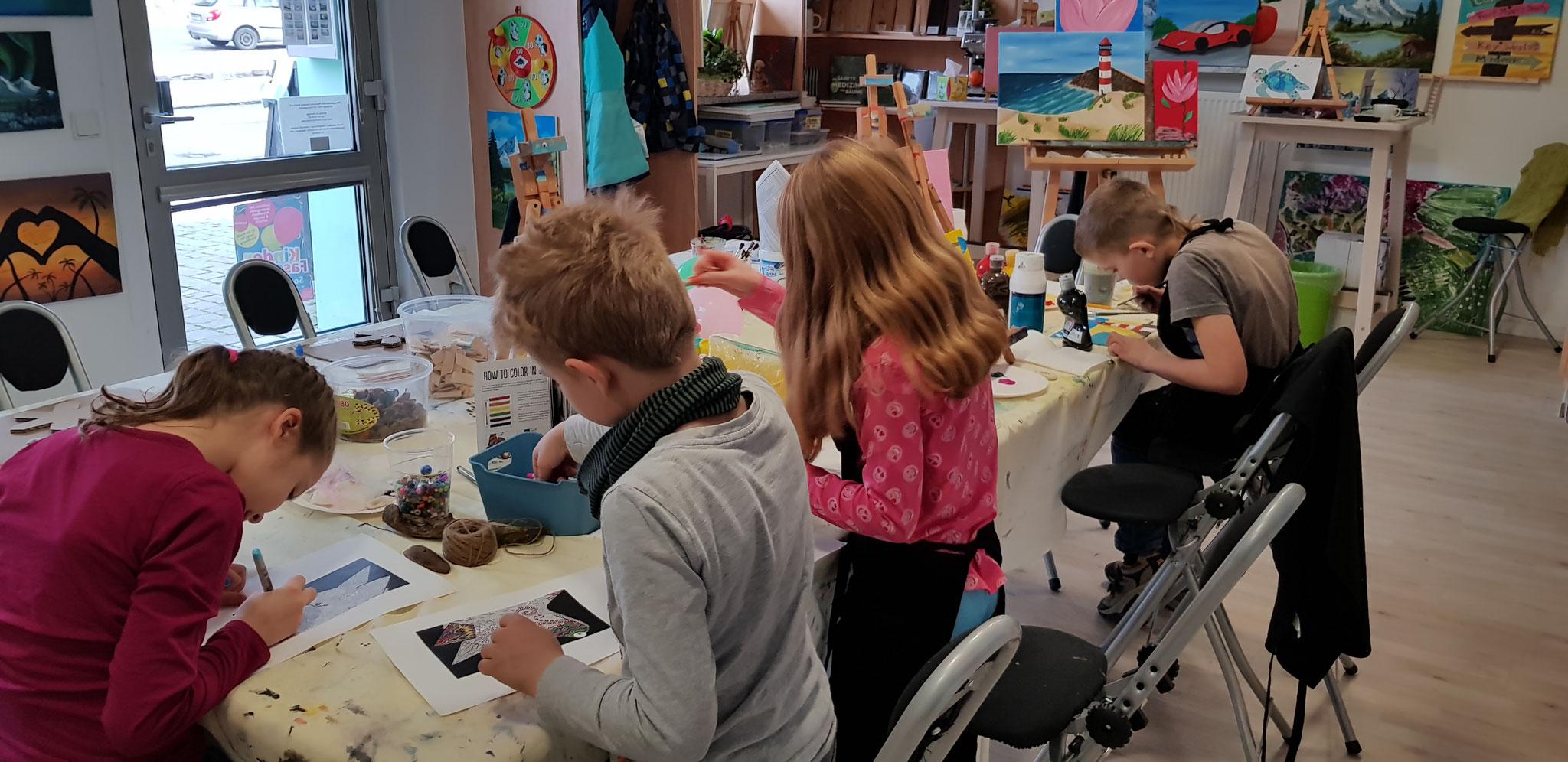 Kindervormittag am Samstag mit 3D Malen und vielem mehr